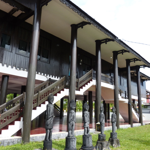 Sekadar Berbagi Borneo Tour Day 1 Palangka Raya Penampakan Rumah