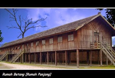 Toko Souvenir Singapore Palangkaraya Rumah Adat Kalimantan Tengah Bentang Kota