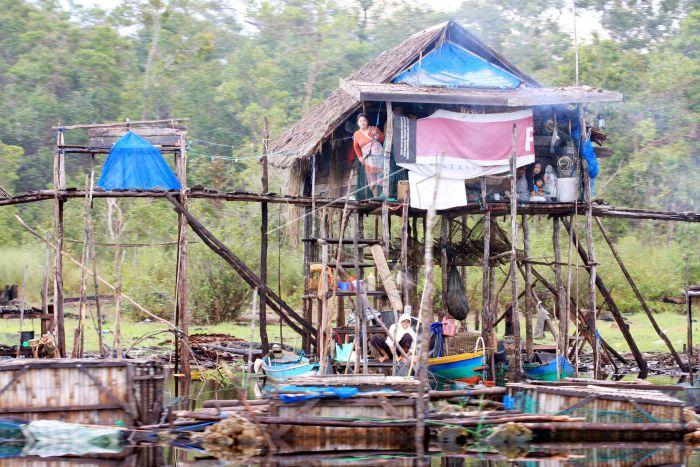 Kampung Nelayan Sebangau Antara Foto Sejumlah Warga Melakukan Aktivitas Tepi