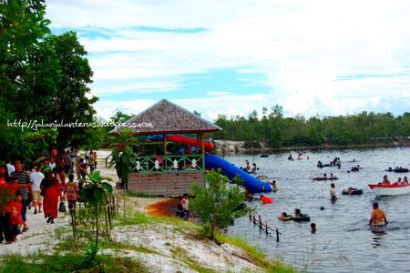 Danau Palangkaraya Nagari Keunikan Taman Wisata Fantasi Beach Kota