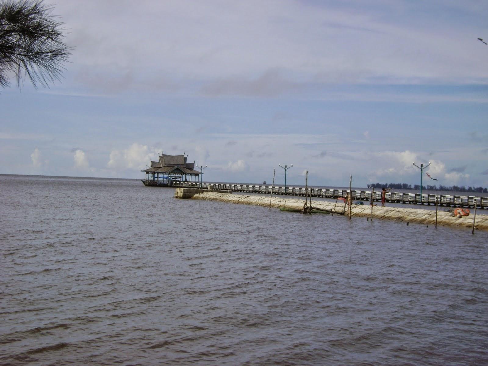 Keindahan Alam Kalimantan Tengah Tanjung Keluang Terletak Didesa Kubu Kecamatan