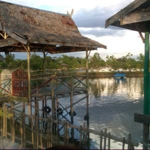 Lists Featuring Bundaran Besar 4 Places Including Bawah Jembatan Kahayan