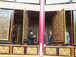 3 Al Quran Terbesar Dunia Disini Info Terbaru Indonesia Akbar