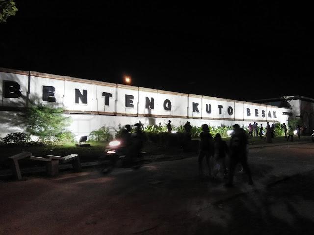 Benteng Kuto Besak Bkb Tempat Berkumpulnya Masyarakat Kota Palembang