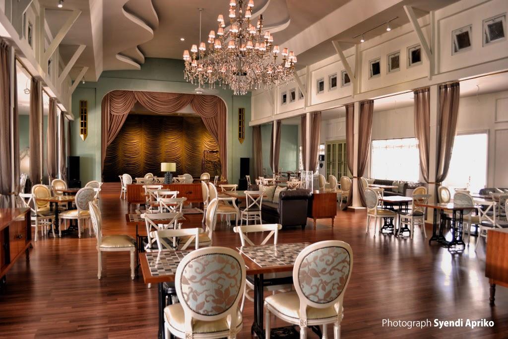 Kuto Besak Theatre Restaurant Palembang Benteng Kota