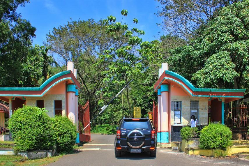 3 Tempat Wisata Unik Palembang Rekomendasi Nulis Bukit Siguntang Suci