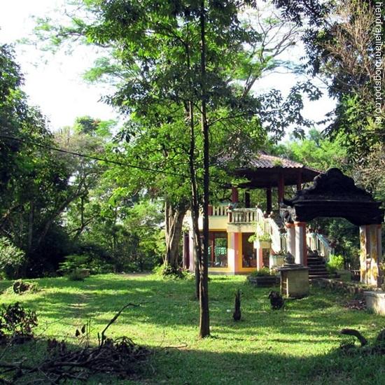 Catatan Hendra Jailani Bukit Siguntang Tapak Kraton Kerajaan Sriwijaya Suasana