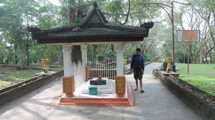 Menelusuri Jejak Kerajaan Sriwijaya Bukit Siguntang Kawasan Makam Palembang Kota