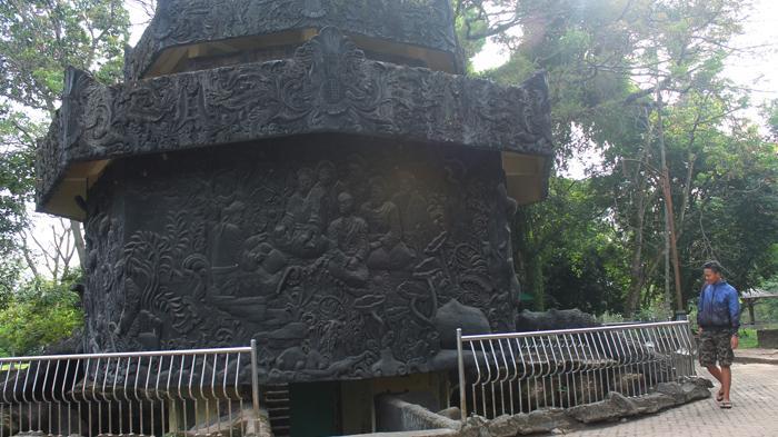 Menelusuri Jejak Kerajaan Sriwijaya Bukit Siguntang Kawasan Tertinggi Palembang Kota