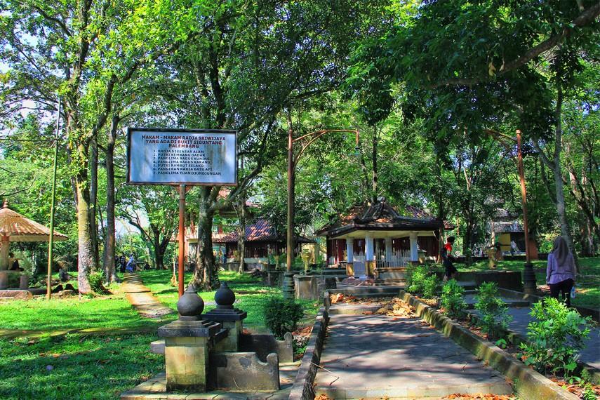 Mengenang Kejayaan Palembang Bukit Siguntang Indonesiakaya Berlokasi Jalan Srijaya Negara