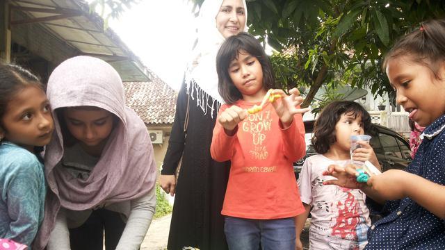 Cerita Anak Pembuat Gulali Kampung Arab Palembang Regional Ketiga Perempuan