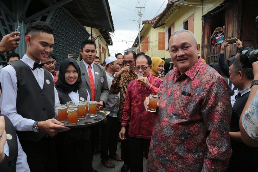 Sumsel Bidik Wisata Syariah Resmikan Kampung Al Munawar Republika Gubernur