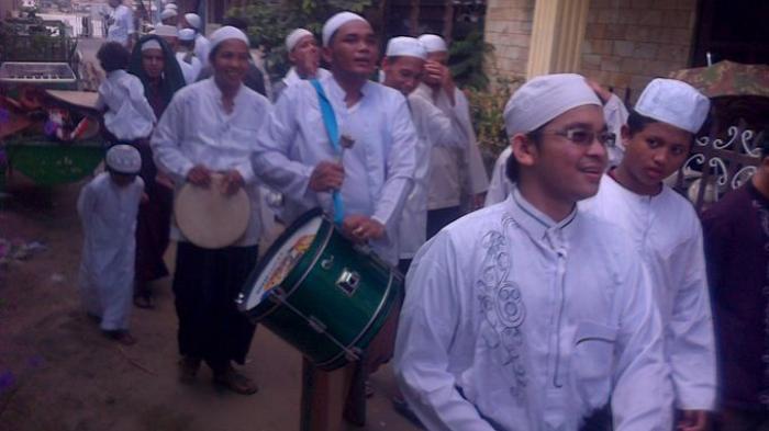 Umpak Umpakan Tradisi Idul Fitri Warga Keturunan Arab Palembang Kampung