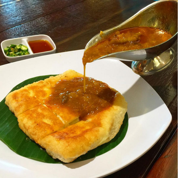 Kuliner Legendaris Kota Palembang Martabak Har Local Guides Akuliburan Pempek