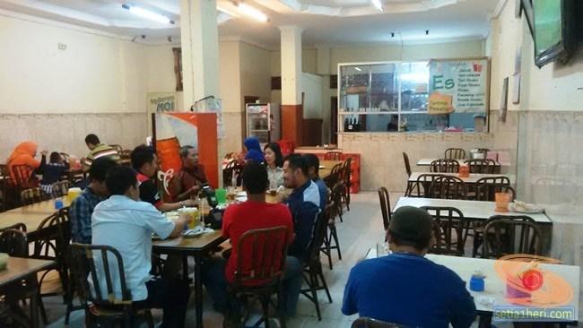 Suasana Martabak Har Malam Hari Palembang Setia1heri Related Kota