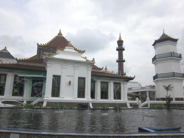 7 Masjid Terindah Sumatera Agung Sultan Mahmud Badaruddin Palembang Jpg
