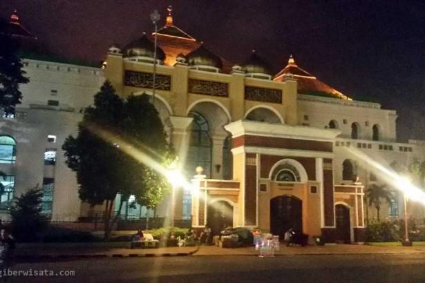 Masjid Agung Sultan Mahmud Badaruddin Terbesar Palembang Kota