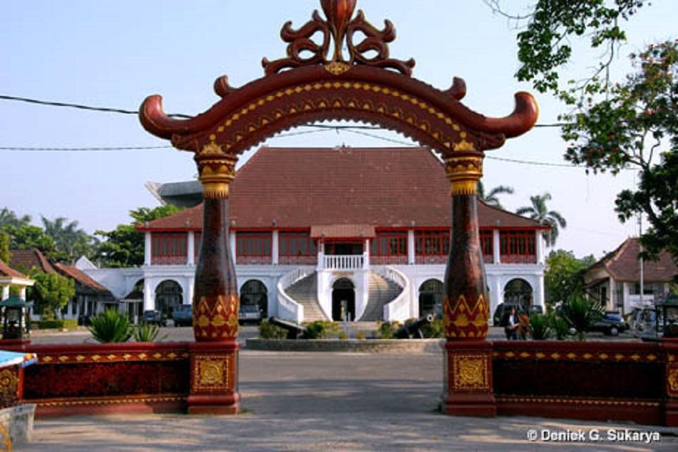 Museum Sultan Mahmud Badaruddin Ii Masjid Agung Palembang Kota