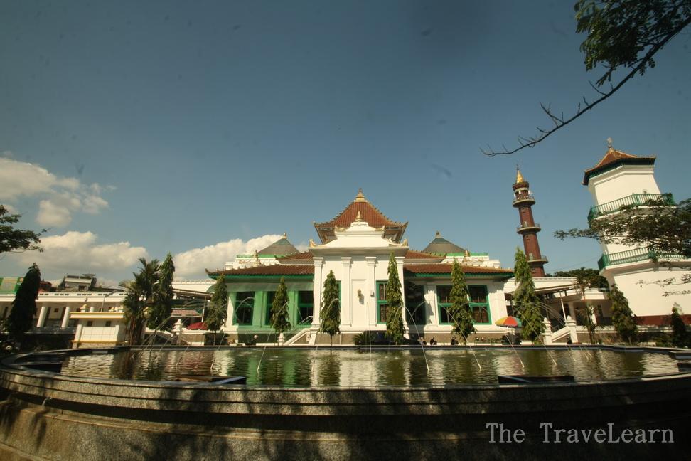 Nuansa Multikultur Masjid Agung Cheng Ho Palembang Great Mosque Sultan