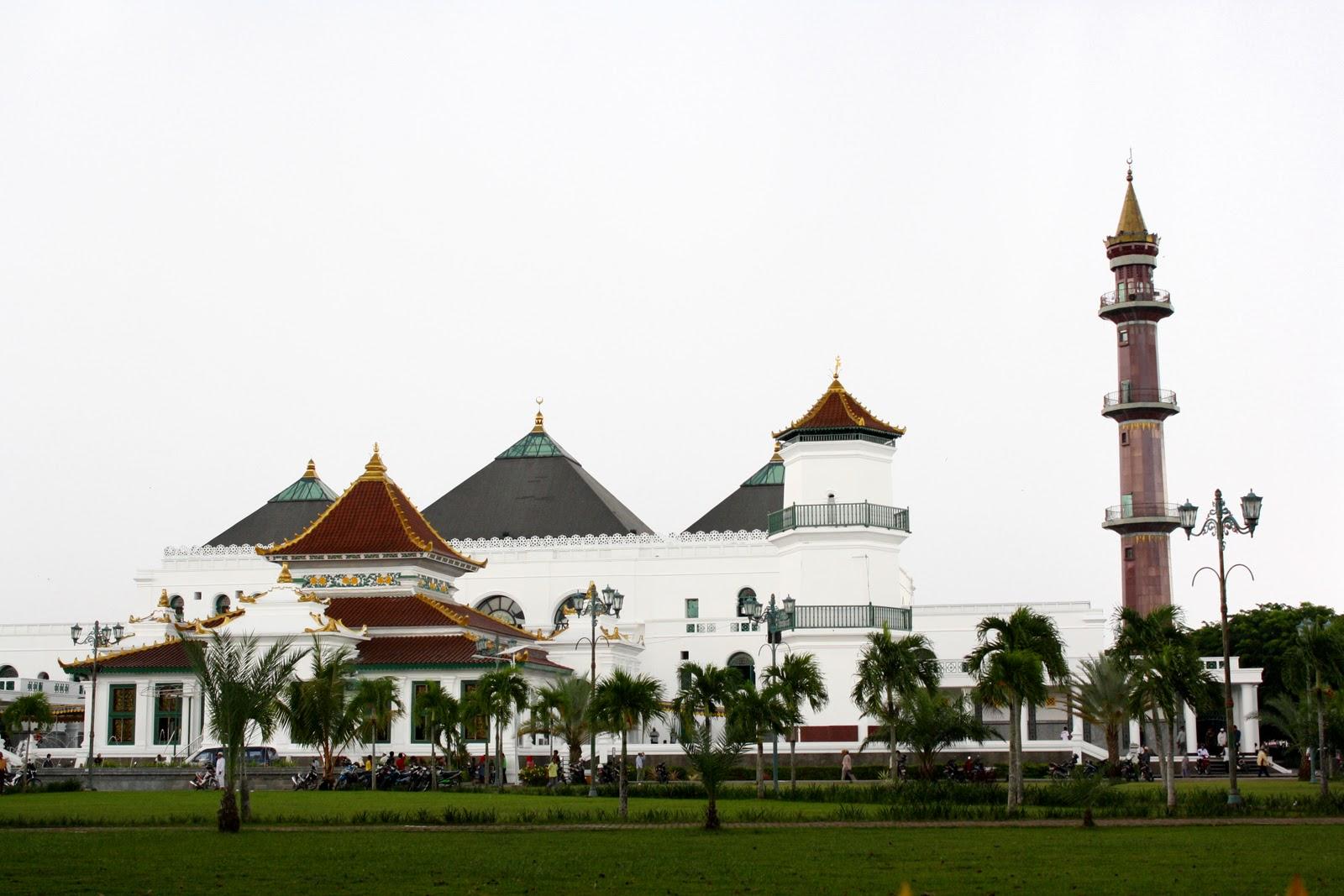 Palembang Grand Mosque Tantular Masjid Agung 1 Sultan Mahmud Badaruddin