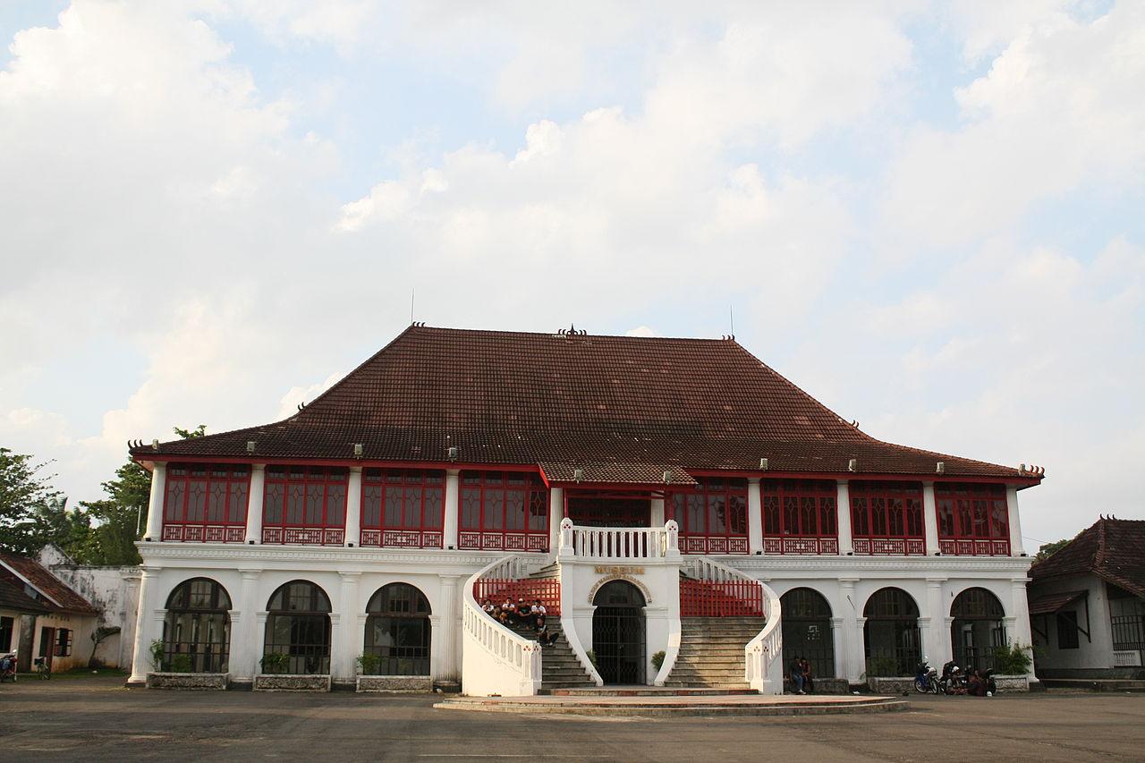 Palembang History Museum Sultan Mahmud Badaruddin Ii Wisata Sejarah Memiliki