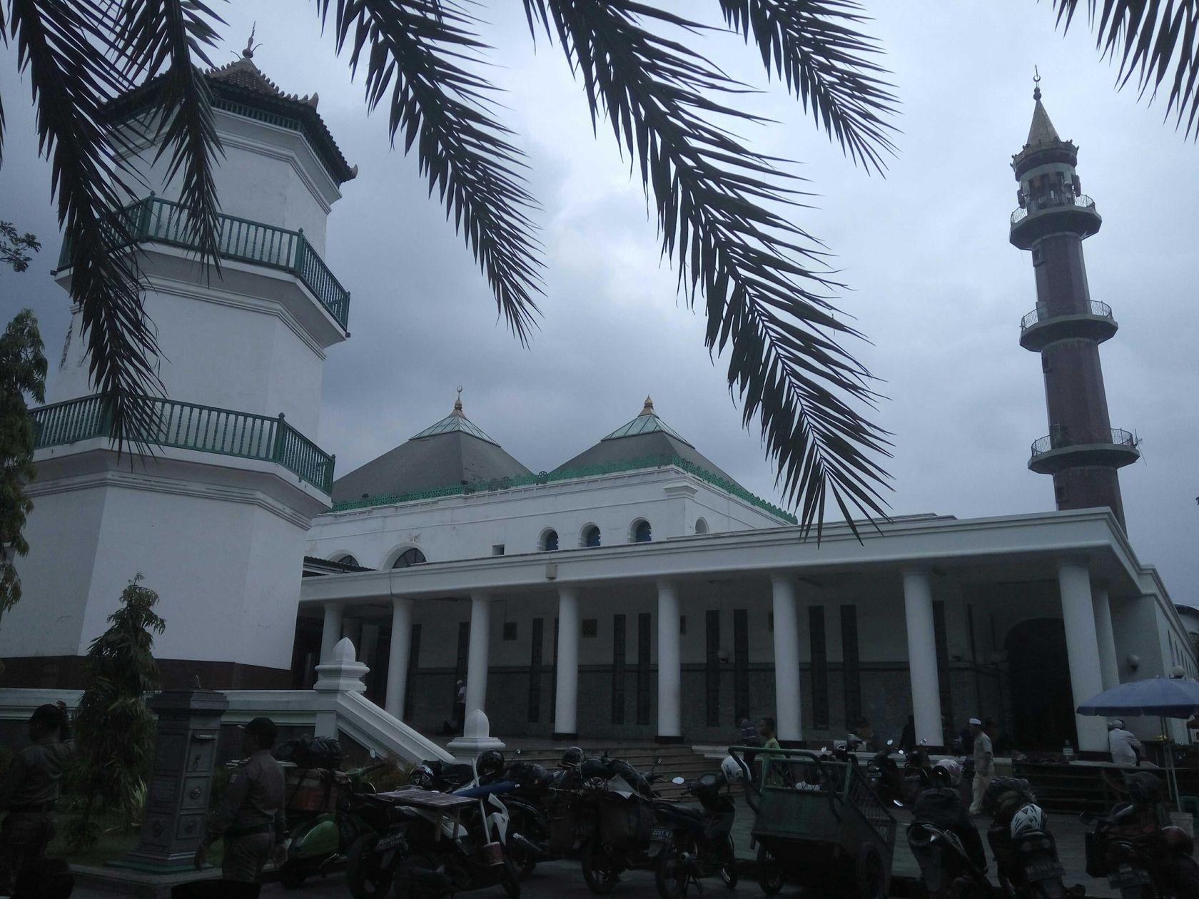 Shalat Jumat Masjid Agung Palembang Steemit Suasana Hari Terlihat Cuacanya
