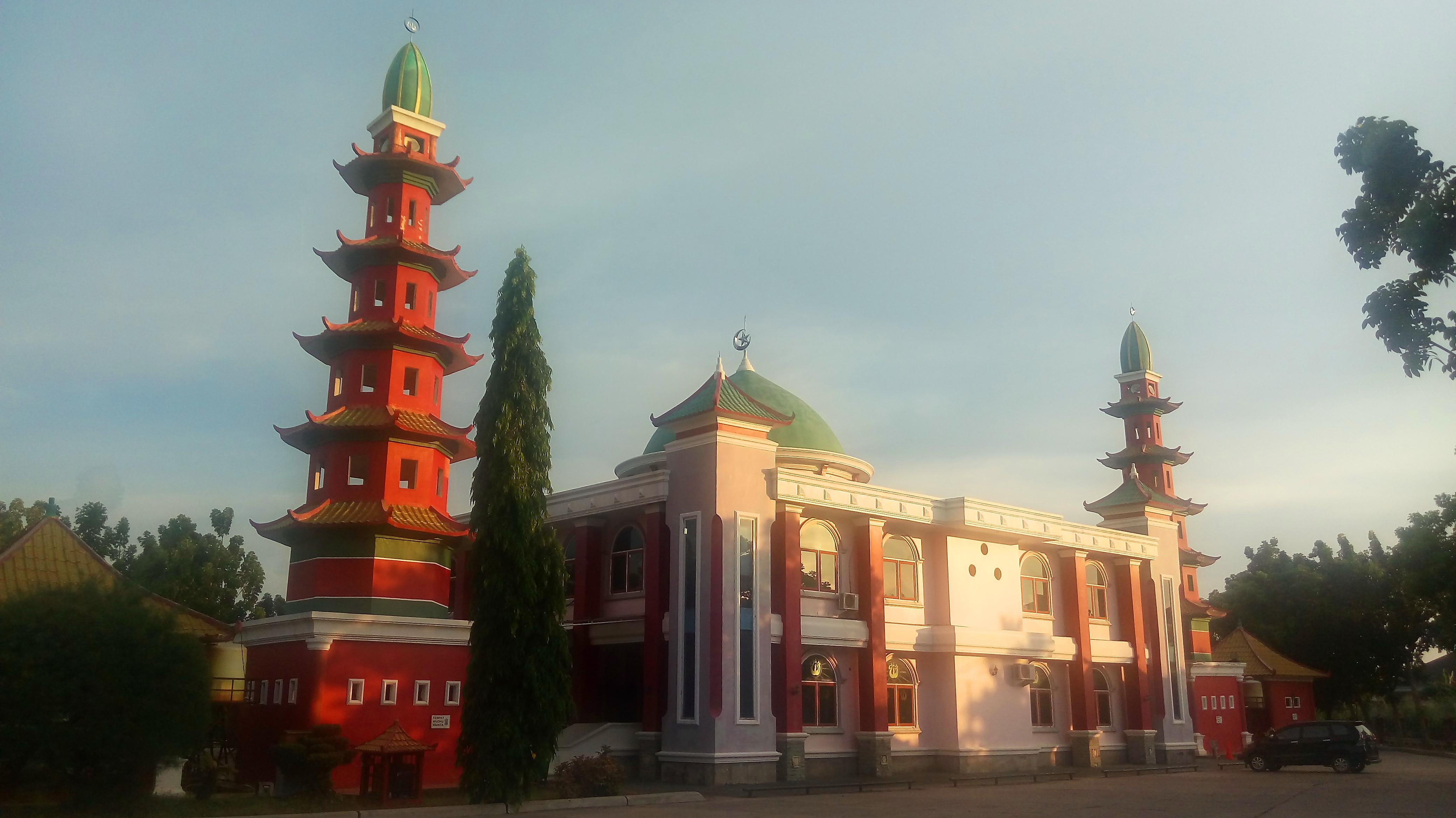 Masjid Muhammad Cheng Ho Palembang 1 Akulturasi Tiga Kebudayaan Al