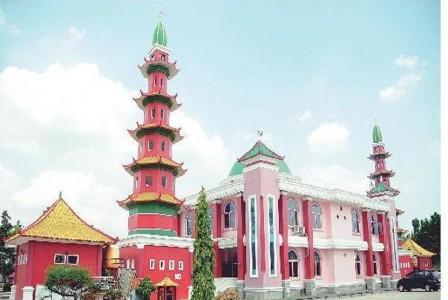 Memadukan Tiongkok Arab Palembang Republika Online Masjid Cheng Ho Menurut