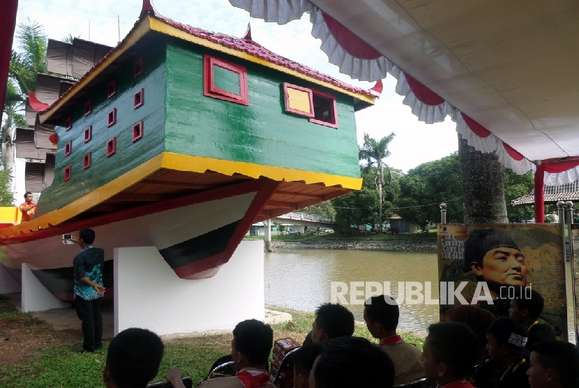 Pemprov Sumsel Bangun Replika Kapal Cheng Ho Republika Online Masjid