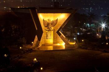 Dinas Kebudayaan Pariwisata Kota Palembang Perjuangan Rakyat Monument Monpera Monumen