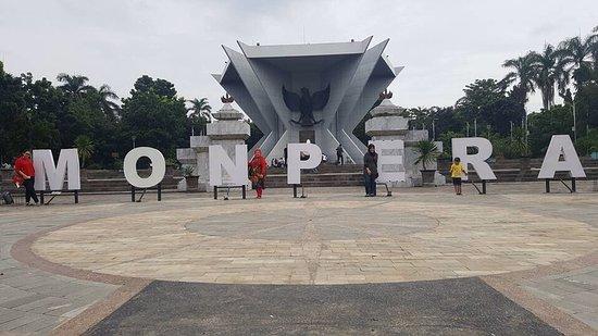 Monpera Monumen Perjuangan Rakyat Palembang Picture Kota