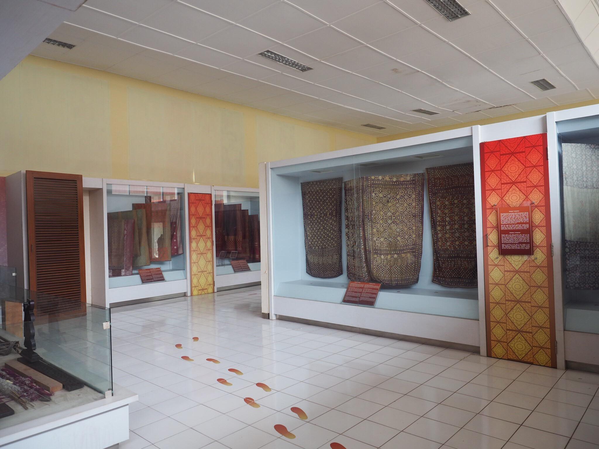 Img 4003 Jpg Setelah Puas Mengunjungi Museum Negeri Balaputra Dewa