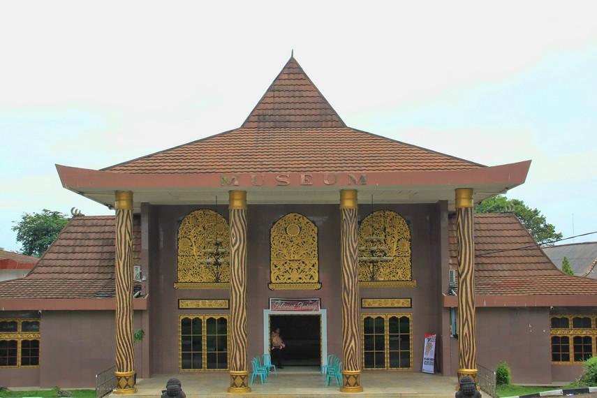 Museum Negeri Balaputra Dewa Palembang Kota