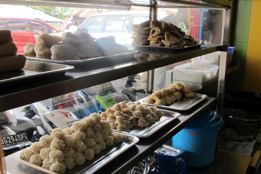Liburan Palembang Wajib Coba Pempek Candy Kota