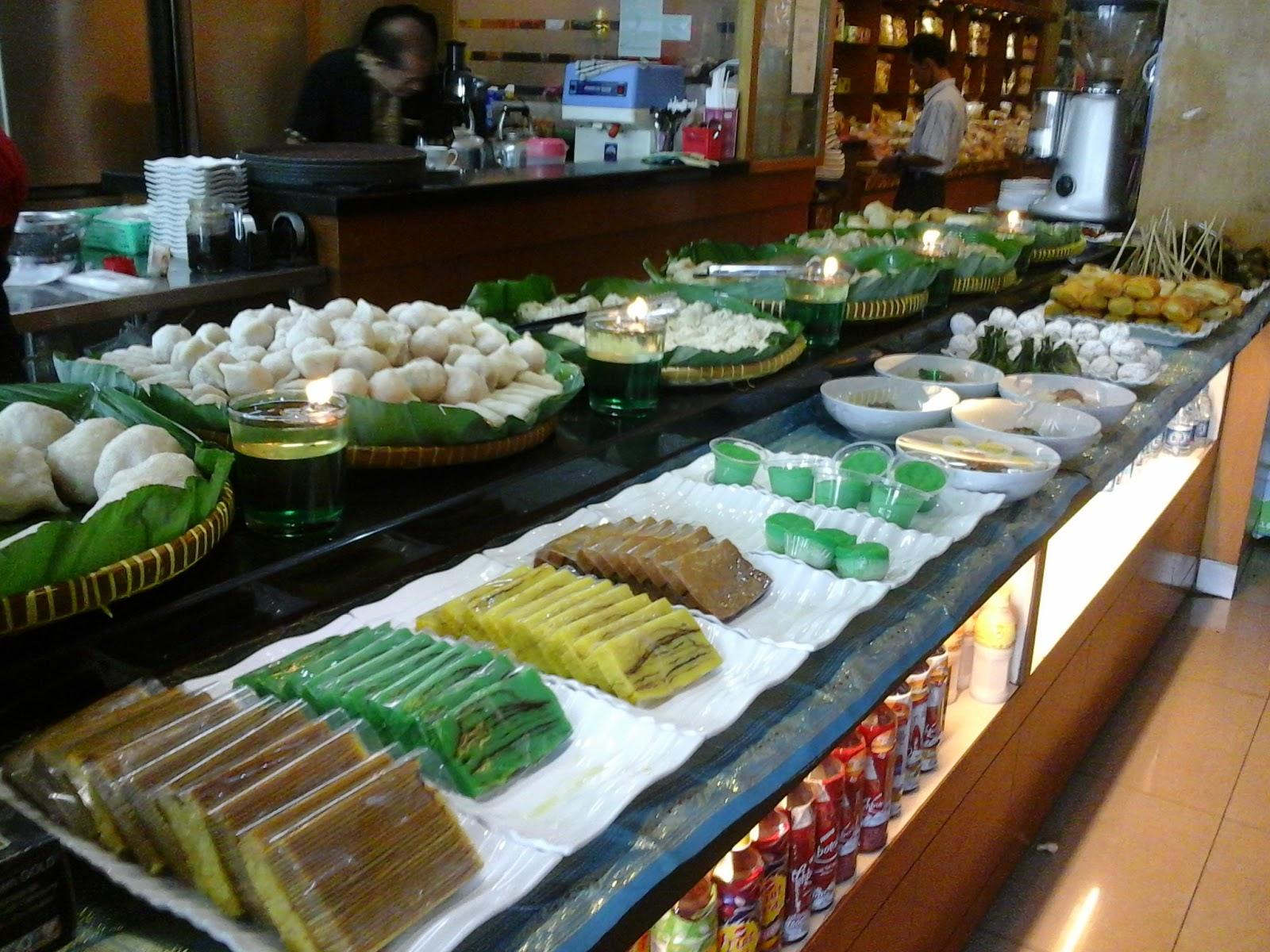 Wisata Kuliner Palembang Pempek Candy Restoran Cabang Terbanyak Kota