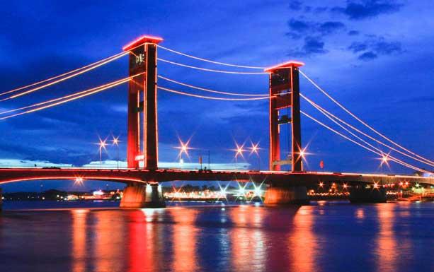 Contoh Makalah Jembatan Ampera Terletah Atas Sungai Musi Menjadi Penghubung