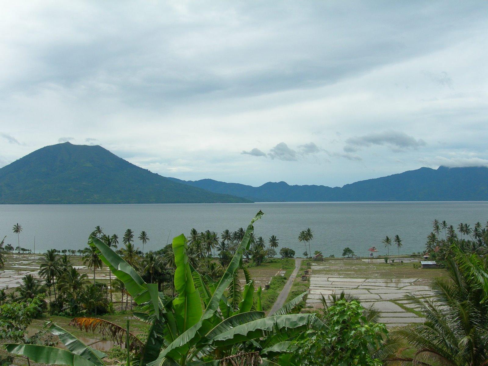 Danau Ranau Wisata Palembang Pemandangan Alam Pulau Fantasy Kota