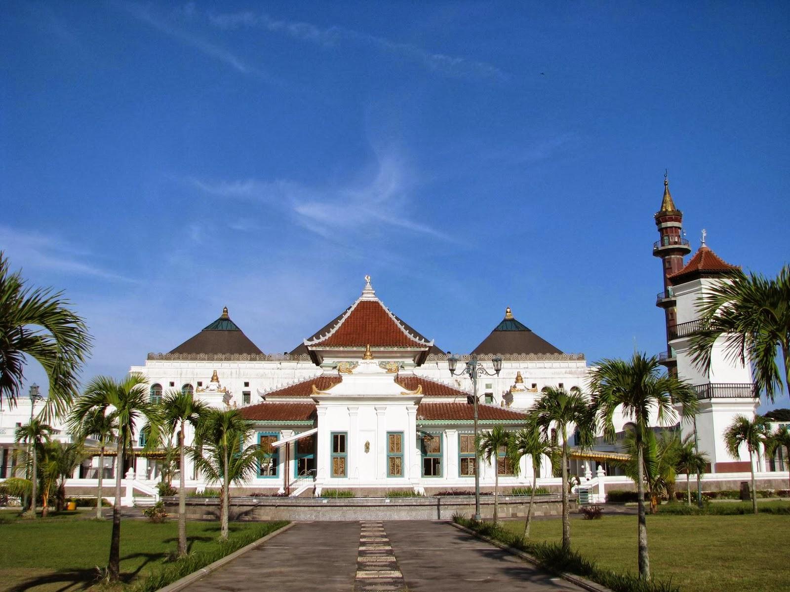Wisata Kota Palembang Selamat Datang Jeme Semende Masjid Agung Sultan
