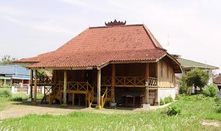 Esden Art Rumah Tradisonal Suku Baduy Banten Limas Sumatera Selatan