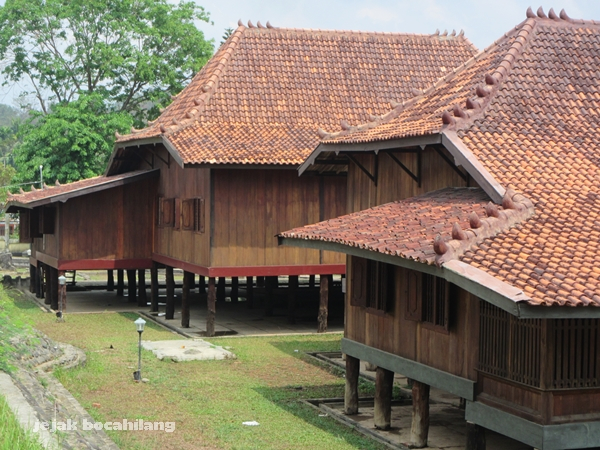 Kesengsem Rumah Limas Jejak Bocahilang Khas Sumatera Selatan Kota Palembang