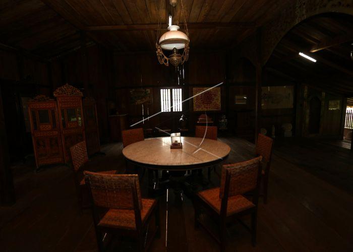 Mengenal Adat Istiadat Palembang Rumah Limas Peralatan Menggambarkan Tradisi Tersimpan