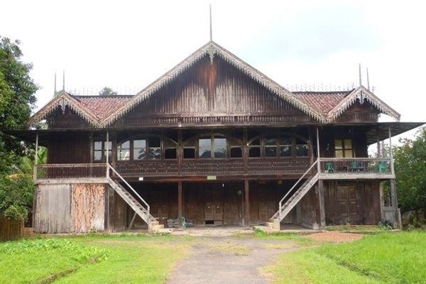 Rumah Limas Bari Palembang Fbrs14 Daerah Sumatera Selatan Memiliki Aneka
