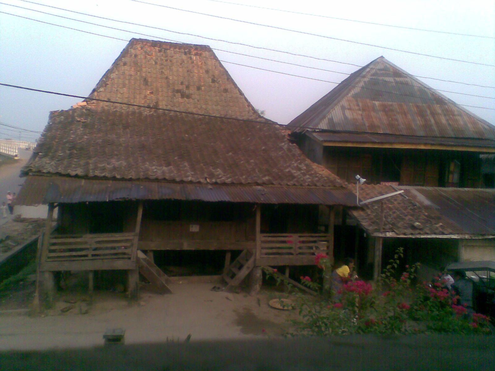 Rumah Limas Palembang Sumatera Selatan Indonesia Pinterest Kota