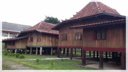 Rumah Limas Sumatera Selatan Bobo Id Foto Tripadvisor Uk Kota