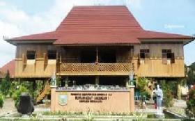 Rumah Tradisional Sumsel Dekranasda Sriwijaya Post Limas Sumatera Selatan Kota