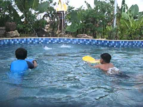 Berenang Amanzi Youtube Taman Air Citra Grand Kota Palembang
