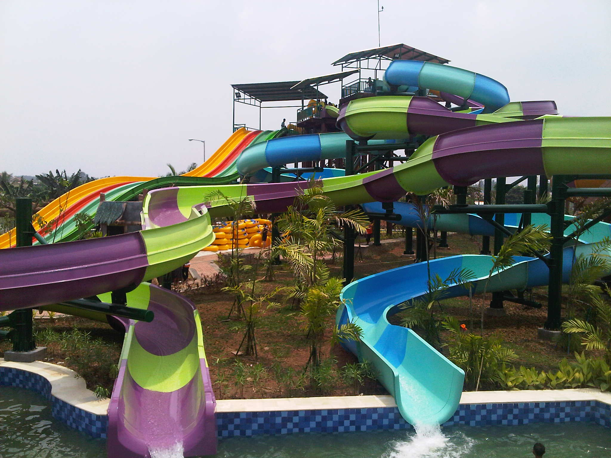 Gratisan Amanzi Water Park Ma Taman Air Citra Grand Kota