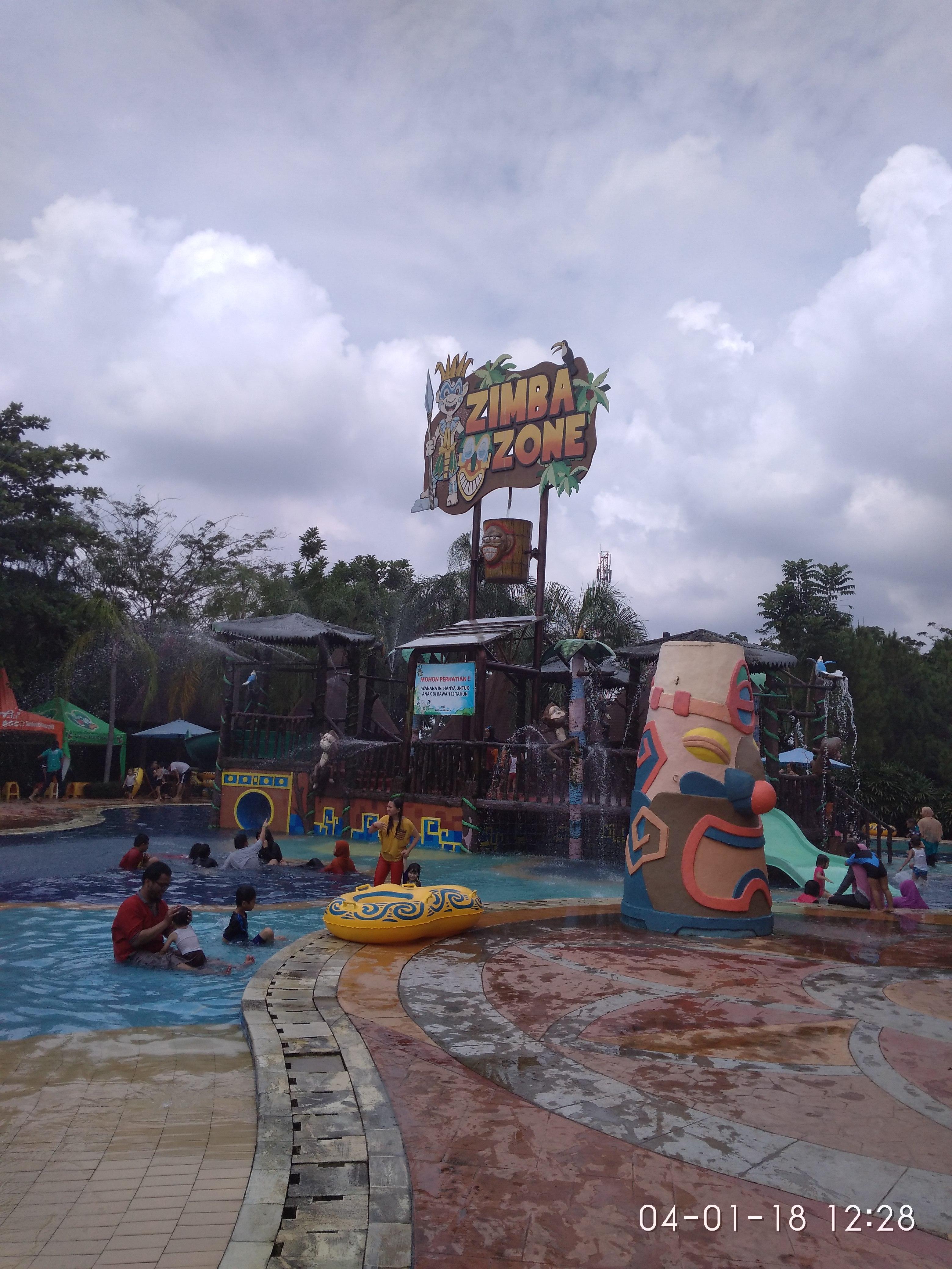 Liburan Amanzi Waterpark Dikunjungi Sumsel Terkini Taman Air Citra Grand