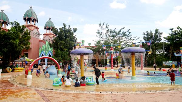 Tempat Anak Berenang Palembang Amanzi Waterpark Lagipula Duduk Saung Kita