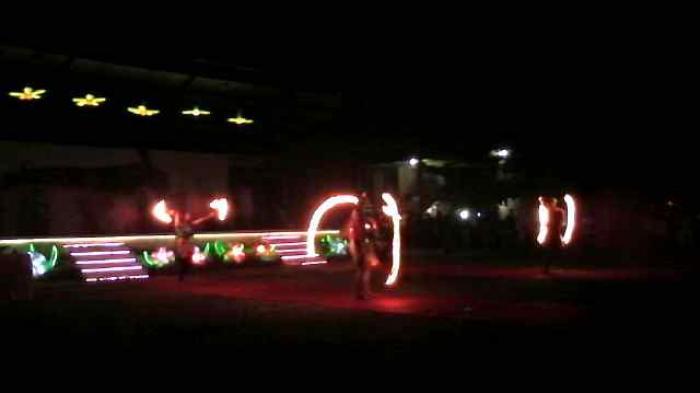 Fire Dance Hibur Pengunjung Taman Pelangi Tribun Sumsel Palembang Kota
